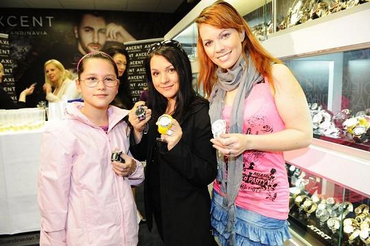 Míša s Magdou Malou a její dcerou.