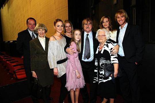 Za Terezou Vágnerovou dorazila početná rodina včetně chůvy.