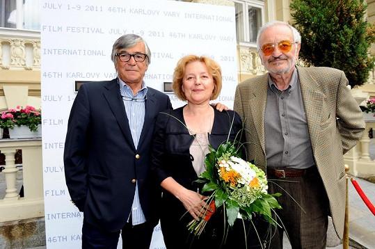Vašáryová s Jiřím Bartoškou a manželem Milanem Lasicou.