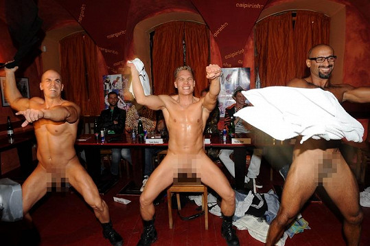 Tyto striptéry si objednali Jakub Prachař,Vojta Dyk, Jan Maxián a František Soukup