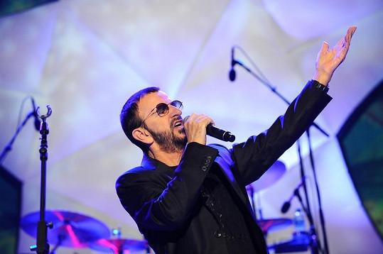 Ringo vypadá jako zamlada.