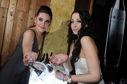 Vodka modelky nalákala na hodně dlouhou dobu.