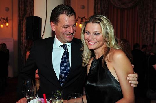 Jitka Kocurová s partnerem Tomášem Abrahámem.