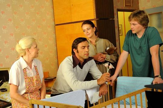 Během natáčení panuje rodinná idylka.