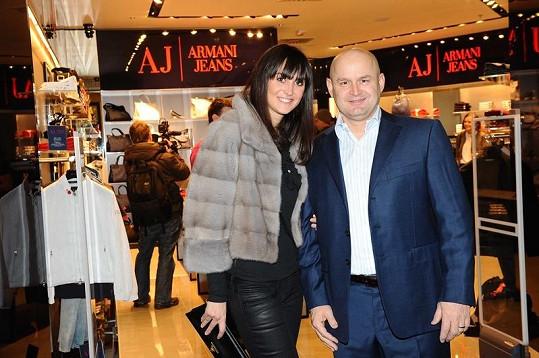 Pavla s hrdým otcem holčičky Janem Vrbou.