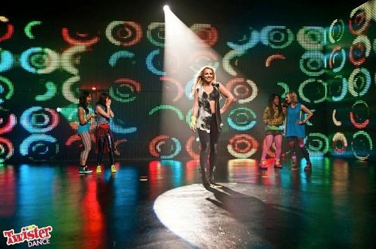 Britney Spears vypadá v nové reklamě skvěle.