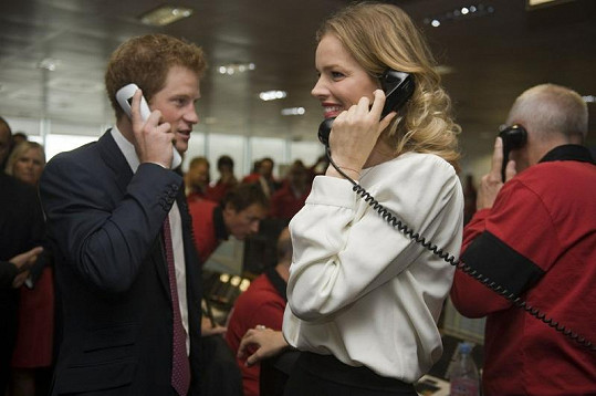 Princ Harry a Eva Hercigová dokázali s úsměvem vydělat miliardy.