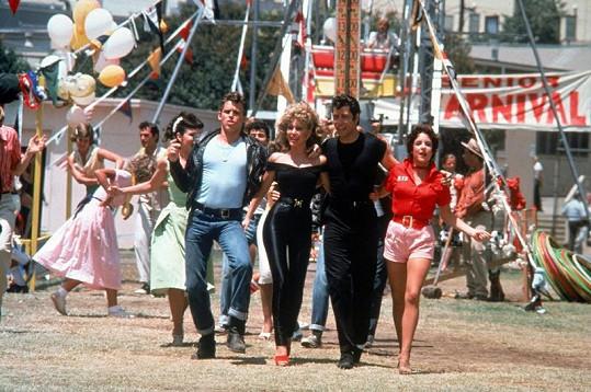 Jeff Conaway, Olivia Newton-John, John Travolta a Stockard Channing zpívali hit You're the One That I Want.