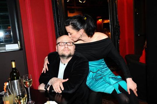 Míša Maurerová a její partner Michal Kožíšek dávali svou lásku všem najevo.