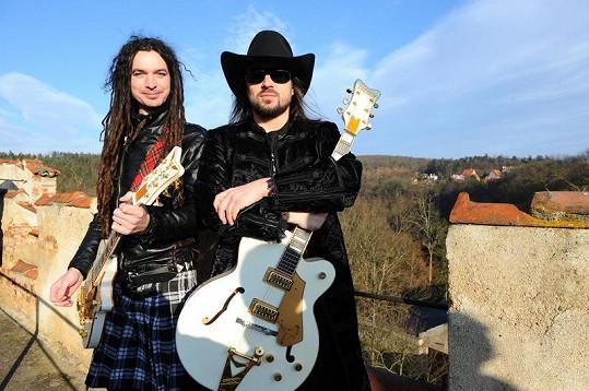 Tomáš Vartecký a Robert Kodym při natáčení na hradě Křivoklát.
