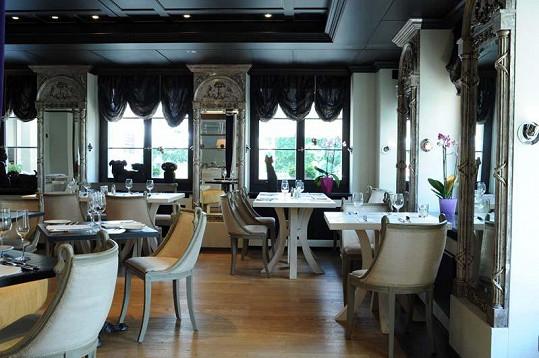 Restaurace Zdeňka Pohlreicha je v krásném zrekontruovaném zámku.