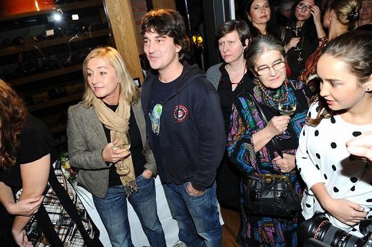 Saša s Vandou, její maminkou a dcerami se objevili po dlouhé době na veřejnosti.