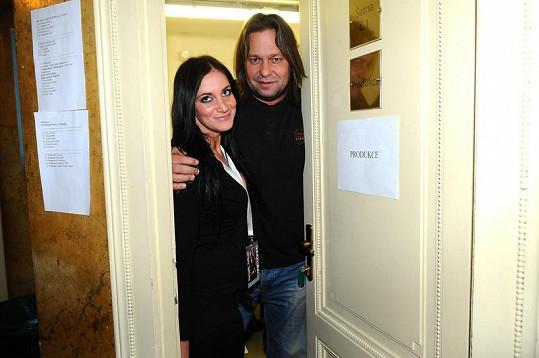 Jiří s Andreou se starali během koncertu o produkční záležitosti.