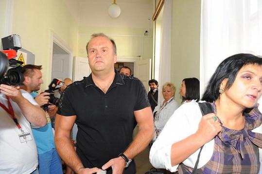 Marek Vít je kus chlapa, přesto ale potřebuje dohled bodyguarda.