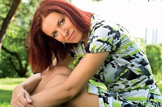 Nora Fridrichová pracuje v České televizi.