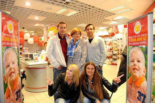 Ivana Gottová, Mahulena Bočanová, Petr Vondráček, Roman Vojtek a Zuzana Baudyšová.