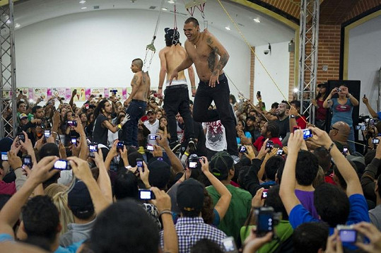 Expo Tattoo 2012 ve Venezuele bylo jen pro silné povahy.