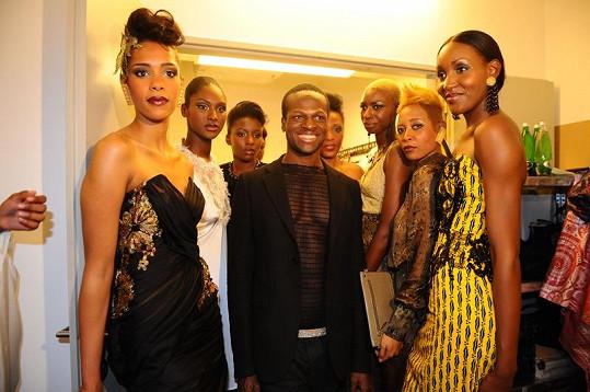 Návrhář Iman se svými modelkami.