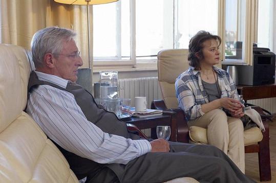 Karel Heřmánek a Libuška Šafránková během natáčení Gymplu.