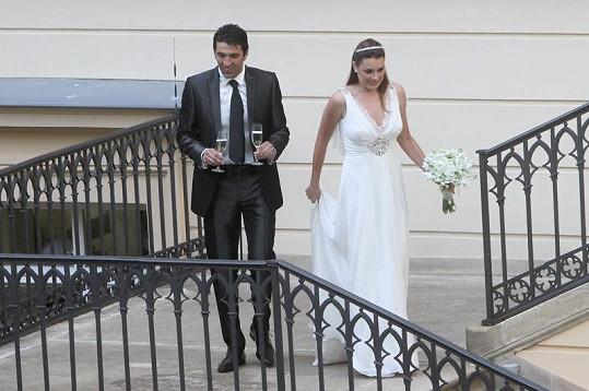 Alena Šeredová a Gigi Buffon na svatební párty.