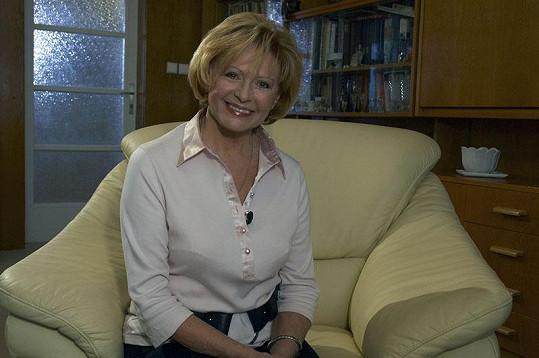 O svém životě, který nebyl procházkou růžovou zahradou, Milena otevřeně promluvila v pořadu 13. komnata.