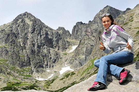 Iva miluje hory.