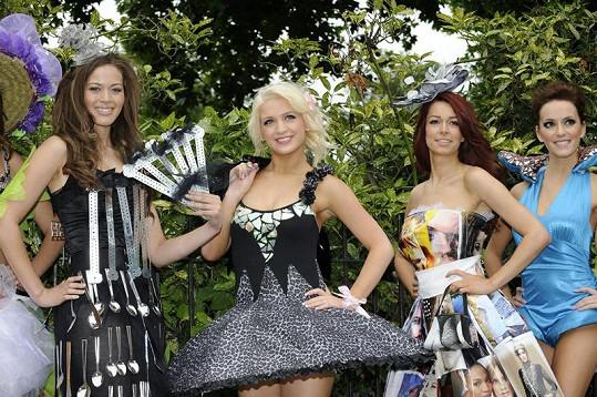 Finalistky Miss England 2011 se ukázaly v opravdu bizarních modelech.