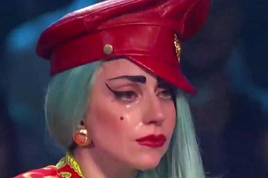 Lady Gaga hodnotila taneční vystoupení v soutěži So You Think You Can Dance.