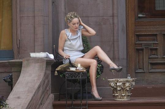 Sharon Stone v novém filmu Gods Behaving Badly.