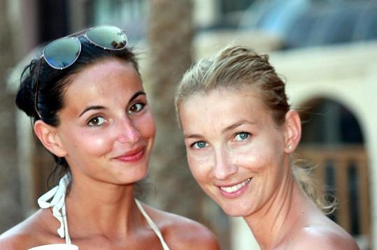 Tereza Ulrichová s Dominikou Mesarošovou.