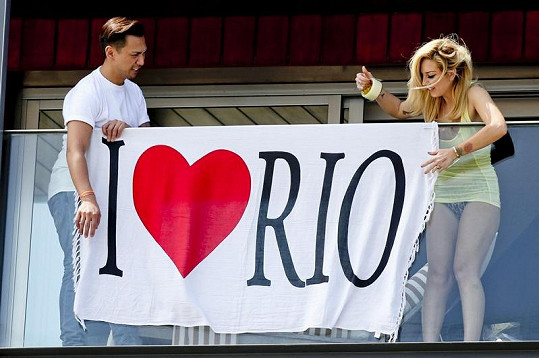 Transparent na balkóně zpěvačky hovořil za vše.