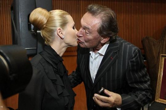 Karel Gott s manželkou Ivanou se stále milují.