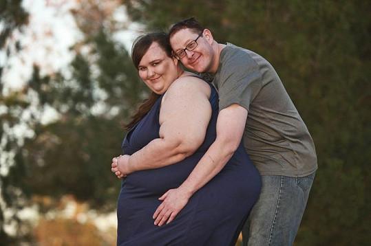 Susanne Eman a Parker Clack se stanou manželi.
