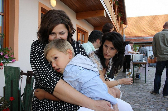 Ilona a její prvorozený syn Daniel.