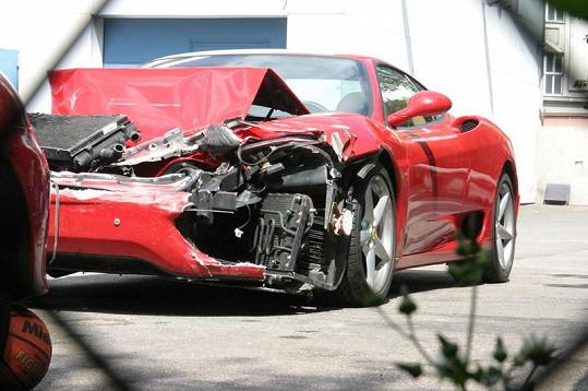 2004 nebyl pro Marešovo Ferrari zrovna úspěšný rok.