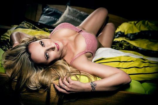 Při natáčení pořadu S Adélou v posteli