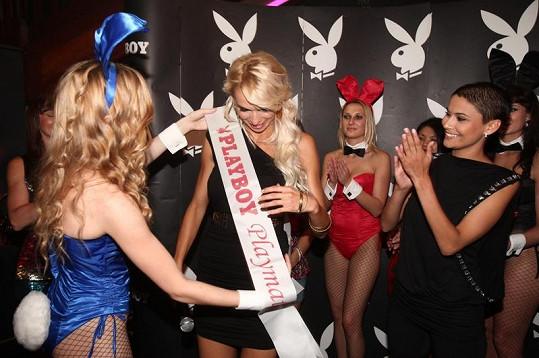 Vlaďka Erbová pokřtila Playboy s Hankou Mašlíkovou na titulní straně.