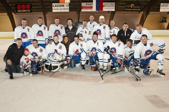Hokejový tým HC Olymp vybojoval na Česko-Slovenských hrách zlatou mediali.