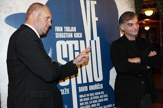 David Ondříček a Ivan Trojan, který si ve filmu Ve stínu zahrál hlavní roli detektiva Hakla.
