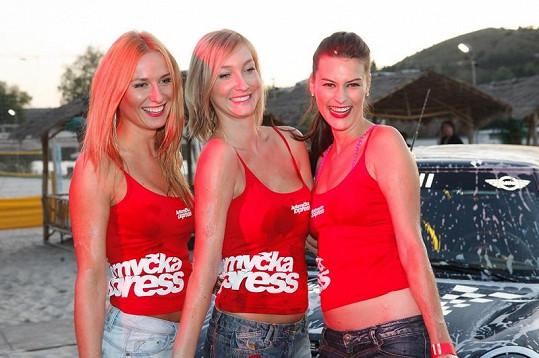 Dominika i její kolegyně byly pořádně sexy.