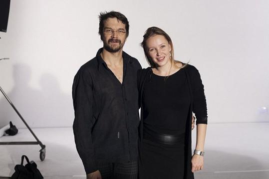 Dan Bárta s autorkou snímků Lucií Robinson.