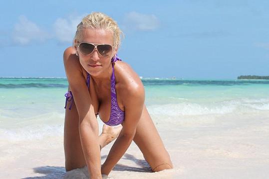 Sexy Mašlíková dováděla na pláži.