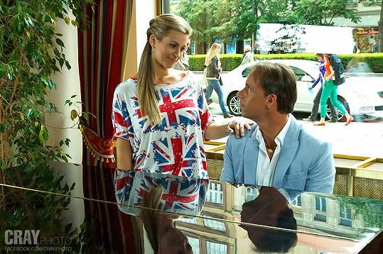 Monika se Zdeňkem při natáčení videoklipu.