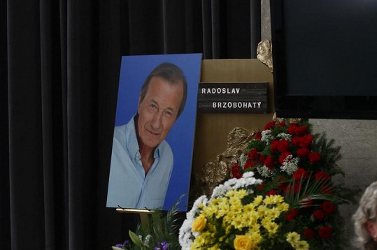 Pohřeb legendárního herce Radka Brzobohatého.