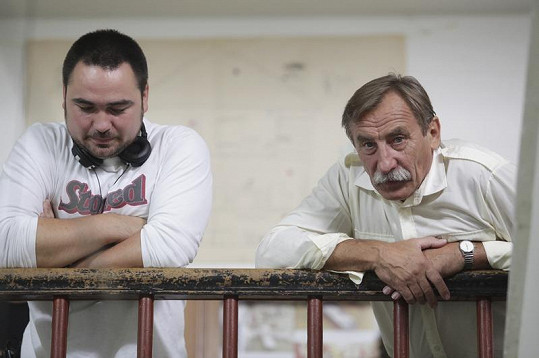 Pavel Zedníček mezi záběry s režisérem Biserem Arichtevem.