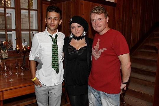 Jan Bendig a Leona Černá s organizátorem akce, zpěvákem Martinem Francem.