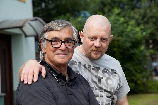 Jiří Bartoška s Petrem Čtvrtníčkem.