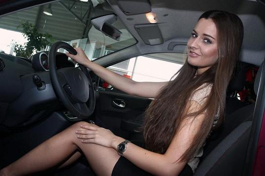 Tereza Chlebovská a její nádherné nohy.