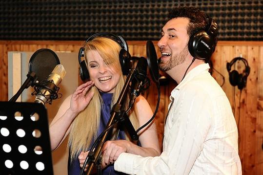 Domenico Martucci s Ivetou Bartošovou natáčejí duet.