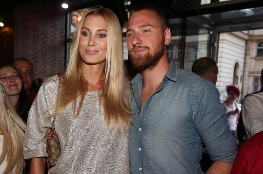 Kateřina Průšová s přítelem Davidem Martínkem na Playboy párty.